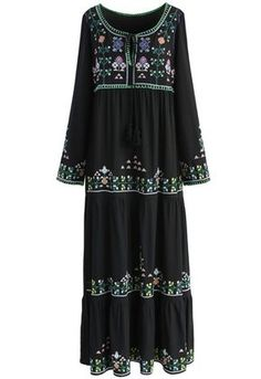 Black Prairie Embroidered Maxi Dress - New Arrivals - Retro, Indie and Unique Fashion Floral Print Maxi Dress, Floral Dresses, Maxi Dresses, Led Dress, Mode Boho, Embroidery Dress, Retro Dress, Unique Fashion, Fashion Fashion