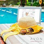 """Floriana Avon pe Instagram: """"Disponibil la cel mai bun preț , profită acum ...cu livrare imediată. Transportul nu este inclus...Tu pe care il alegi?"""" Tired Of Work, Avon Brochure, Avon Representative, The Office, Success, How To Apply, Summer, Journey, Mai"""