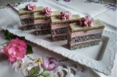 Diy Food, Vanilla Cake, Decorative Boxes, Food And Drink, Sweets, Tableware, Ethnic Recipes, Poppy, Deserts