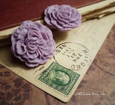 4pcs Matte Lavender  33mm Quality Resin Carnation  by CMVision