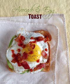 Avocado and Egg Toast @FoodBlogs