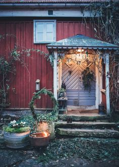 Love the Earth's generosity, respect the old, cherish the fresh, appreciate the healthy, adore. Christmas And New Year, Vintage Christmas, Christmas Holidays, Christmas Feeling, All Things Christmas, Fairytale House, Red Houses, Love The Earth, Red Cottage