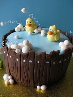 Duck babyshower cake
