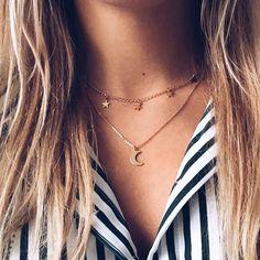 Bezel Set Diamond Necklace/ gold 3 bezel set diamond horizontal bar necklace with white diamonds/ Diamond Necklace Graduation Gift - Fine Jewelry Ideas Sparkly Jewelry, Cute Jewelry, Body Jewelry, Wedding Jewelry, Wedding Rings, Jewelry Ideas, Jewlery, Beaded Jewelry, Silver Jewelry