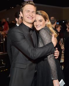 "Ansel Elgort (@ansel) su Instagram: ""She deserves all happiness in the world. To be in the same room at the Golden Globes with a woman who helped guide me..."" #anselelgort #tfios #shailenewoodley #goldenglobes"