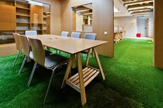 Cool Examples of Offices that Use Fake Grass
