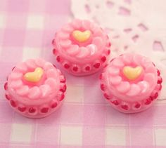Extra cute and very tasty looking fruit and heart cake! These 3D flat base resin #cabochon beads are perfect for all kinds of #kawaii crafts, including #decoden. #Jewelry