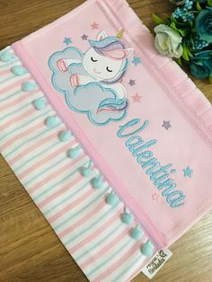 Applique Patterns, Baby Patterns, Egyptian Cotton Duvet Cover, Baby Sheets, Hand Sewing Projects, Chalkboard Designs, Baby E, Baby Burp Cloths, Sewing Stitches