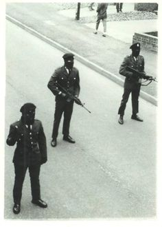 Members of the Derry brigade of the IRA.