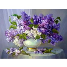 DIY Diamond Painting Needlework Square Full Diamond Embroidery Purple Lilac Flower Vase Painting Pattern Home Decor Gift zx Lilac Flowers, Purple Lilac, Beautiful Flowers, Spring Flowers, Flower Vases, Flower Art, Flower Arrangements, Art Floral, Lilac Painting