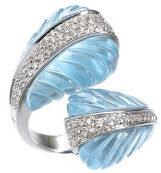 Carved blue topaz ring by Io Si