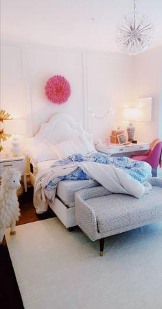 Room Ideas Bedroom, Bedroom Decor, Bedroom Inspo, Preppy Bedroom, Rich Girl Bedroom, Preppy Bedding, Preppy Dorm Room, Girls Bedroom, Bedrooms