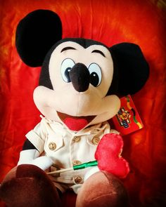 Aquele amigo de infância especial...  #MickeyMouse #mickey #waltdisneyworld #disney #disneyland #Mortimer #1928 #dreams by cahpinho