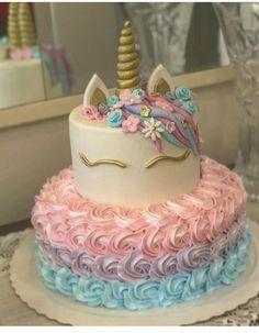 Best Ideas For Cupcakes Unicornio Pastel De Unicorn Birthday Parties, Unicorn Party, Unicorn Cakes, 5th Birthday, Birthday Ideas, Rainbow Unicorn, Cake Birthday, Bolo Laura, Unicorn Themed Birthday
