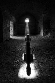 AutoPortrait Praying by Javier Castellanas Sans. White Picture, Black White Photos, Black And White Photography, Monochrome, Shadow Silhouette, Shades Of Black, Light And Shadow, Pray, Art Photography