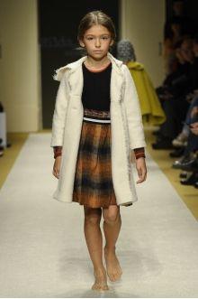 momolo.com red social  de #modainfantil  ➡️ #momolo  ⬅️ #kids #kidswear#streetstyle #streetstylekids #fashionkids #kidsfashion#niños #moda #fashion  momolo, street style kids, fashion kids, Hilda.Henri