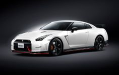 GT-R Nismo 2014 (Front)