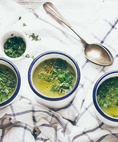Sopa de Brócolos, Espinafres e Coentros - Jullie