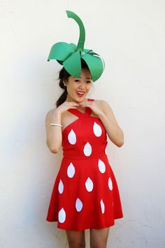 { strawberry Halloween costume // #studiodiyincostume }