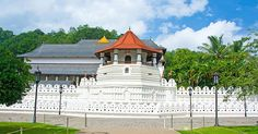 The ancient kingdom of Kandy is home to the Temple of the Tooth Relic of Lord Buddha as well as Edwardian buildings, a king-made lake, a nature reserve and exciting shops.