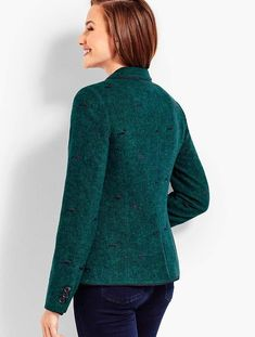 Shop Talbots for modern classic women's styles. You'll be a standout in our Aberdeen Embroidered Dog Blazer - only at Talbots! Kendall Jenner Style, Embroidered Clothes, Classic Style Women, Talbots, Plus Size Outfits, Preppy, Men Sweater, Winter Jackets, Blazer