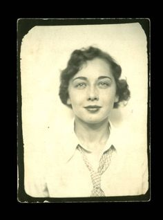 ** Vintage Photo Booth Picture **  Fabulous 1940s young woman wearing a tie.