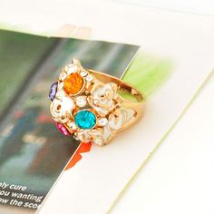 Elegant Gold Plated Crystal Flower Dome Ring