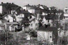 Vielä 1960-luvulla Länsi-Pasilan rinteillä oli puutalokaupunginosa. Halpojen vuokra-asuntojen Puu-Pasila sai väistyä 1970-luvulla kehityksen tieltä ja paikalle kohosi kerrostaloista ja toimistorakennuksista koostuva miljöö. Helsinki, Historian, Finland, The Past, Street View, Painting, Outdoor, Nostalgia, Times