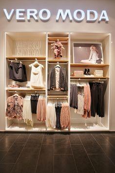 1075 best fashion store design images in 2019 retail shop store rh pinterest com