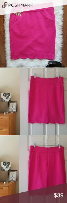 "carmen marc valvo pink stretchy pencil skirt Gorgeous bright pink pencil skirt with an adorable scalloped hem. So cute for Spring and Summer!  Measurements lying flat:  Waist: 16"" Length: 21""  -Smoke-free home  -Reasonable offers welcome, but prices are firm on items under $10.  -No trades, please.  -All measurements are approximate.  💕💕💕Thank you for shopping my closet, it means a lot to me!💕💕💕 Carmen Marc Valvo Skirts Pencil"