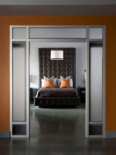 Pumpkin, medium gray and dark brown is an excellent combination for orange lovers too intimidated to use red-orange or tangerine for their interiors.