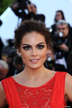 Mexican model Ximena Navarrete sported a great makeup look for the Zulu screening and closing ceremony held at the Palais des Festival...