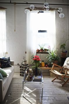 In Brooklyn, A Plant Filled Loft