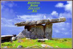 Poulnabrone Dolmen / Tomb Portal. Una de las estructuras más antiguas de pie en el mundo. >