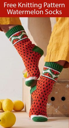Free Knitting Pattern for Watermelon Socks - Socks with watermelon slices on cuff and the rest of the sock designed to look like watermelon. Designed by Minna Metsänen for Novita. Lace Knitting, Knitting Socks, Knitting Patterns Free, Knitting Tutorials, Knitting Needles, Stitch Patterns, Crochet Socks, Crochet Baby, Knit Crochet
