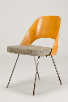 Eero Saarinen; Molded Birch Plywood and Chromed Steel Chair for Knoll International, 1950.