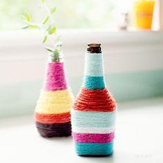 DIY Yarn Wrapped Bottles - Penelope and Pip Yarn Wrapped Bottles, Yarn Bottles, Reuse Bottles, Wine Bottles, Bottle Vase, Empty Bottles, Plastic Bottles, Decorate Bottles, Alcohol Bottles