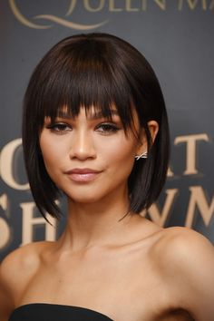 Zendaya Coleman was edgy and trendy with her choppy bob at the world premiere of 'The Greatest Showman.' #bob#choppybob