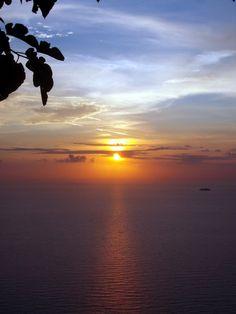 Ηλιοβασίλεμα από το Καλαμίτσι. Poker, Celestial, Sunset, Outdoor, Flowers, Outdoors, Sunsets, Outdoor Games, The Great Outdoors