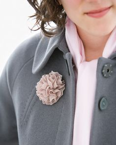 Lace Trim Flower Pin.  Such a nice gift and quick to make.  Follow this link for the instructions.