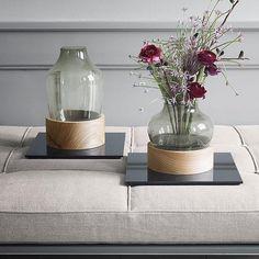 La renombrada marca danesa Republic of Fritz Hansen, lanzó una colección de objetos decorativos entre la que se encuentran los jarrones Vase diseñados por Jaime Hayon. Una bonita forma de llenar tu hogar de flores.  #DomésticoShop #design #designinterior #interiordesign #interior4you #interior123 #interiordecor #interiorstyling #instahome #home #nordichome #interiorlovers #decoration #love #styling #homedecor #interiorinspiration #color #homestyle #beautifulview #darlingweekend…