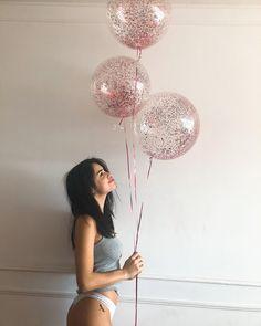 ...Y amanecí con un año más 🤷🏻♀️ Gracias a todos por tantos mensajes cargados de tanto amor. Me supera y no sé bien verbalizarlo! GRACIAS🎉 ph by ❤️ Beautiful People, Balloons, Chandelier, Ceiling Lights, Tattoos, Instagram, Pictures, Inspiration, Beauty
