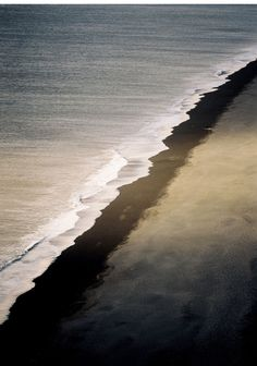 Bruno Levy - Untitled (#EARTH series), 2004