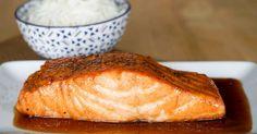 Saumon laqué. Pavés de saumon caramélisés au miel et sauce soja.. La recette par Chef Simon.