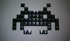 Based on space invaders this is my creation made it with floppy discs ! Idea sent by Guillermo Funes !