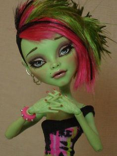 ~ Fern ~ OOAK Monster High Venus McFlytrap Repaint Doll ~ by Bordello ~