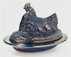 "Covered Hen (Hen on Nest), Sowerby This pattern is heavily sculpted with chicks on the side and is sometimes called ""Hen with chicks. Glass Dishes, Candy Dishes, Henny Penny, Hens On Nest, Hen Chicken, Fairy Lamp, Vintage Soul, Indiana Glass, Glass Boxes"