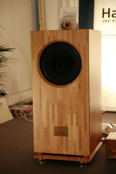 Hiraga from Japan, with AlNiCo Altec Lansing Biflex driver Open Baffle Speakers, Wooden Speakers, Monitor Speakers, Diy Speakers, Bookshelf Speakers, Horn Speakers, Stereo Speakers, Subwoofer Box Design, Speaker Box Design