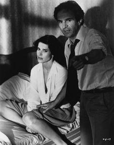 """Director François Truffaut and Fanny Ardant on the set of """"La femme d'à côté"""" (1981)."""