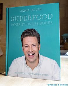 Booktopia has Everyday Super Food, Recipes for a healthier happier you by Jamie Oliver. Buy a discounted Hardcover of Everyday Super Food online from Australia's leading online bookstore. Superfoods, Schnitzel Pizza, Sans Gluten Sans Lactose, Personalized Books, Healthy Smoothies, Eating Well, Reading, Happy, Cook Books